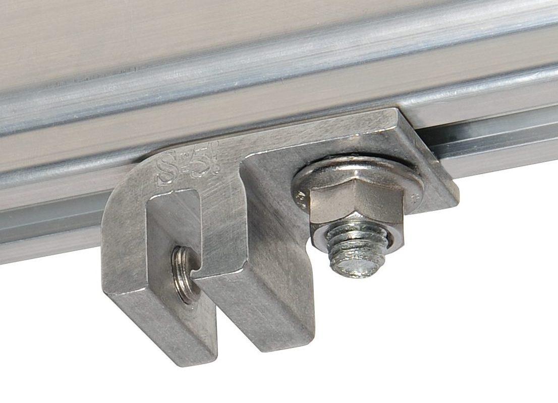 Schiene mit unterseitigem Schraubkanal auf E-Mini-FL