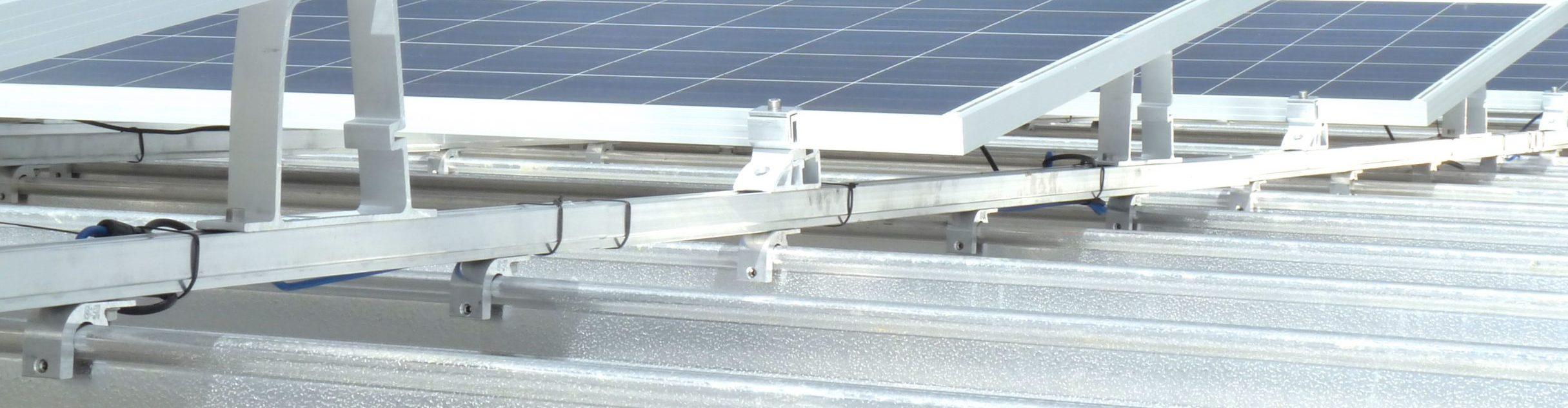 PV-Montage mit Schienen